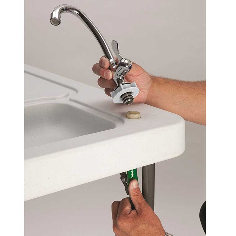Fishing Cleaning Table with Faucet