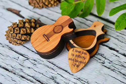 Wood Guitar Pick Box