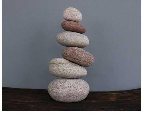 Beach Stone Balance Game