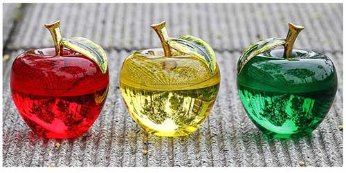 Crystal Apple Paperweight Set