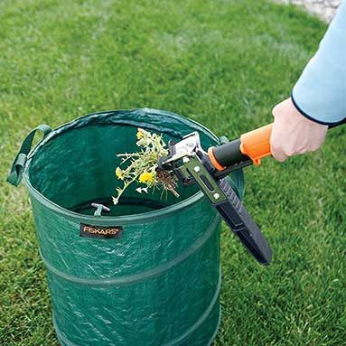 Gardening Gifts Ideas 46 gardening gift ideas gifts for gardeners homerungifts stand up weed puller workwithnaturefo